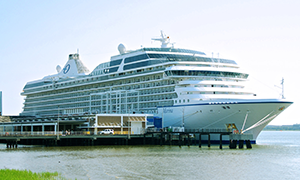 "© <a href=""https://commons.wikimedia.org/wiki/File:Cruise-ship-marina-charleston-sc1.jpg"" target=""_blank"" rel=""nofollow"">Brian Stansberry/Wikimedia</a>/<a href=""https://creativecommons.org/licenses/by/3.0/deed.en"" target=""_blank"" rel=""nofollow"">CC BY 3.0</a>"