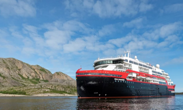 Photo courtesy of Hurtigruten