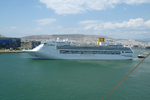 "© <a href=""https://commons.wikimedia.org/wiki/File:Costa_Victoria_in_Piraeus_4.jpg"" target=""_blank"" rel=""nofollow"">HG32/Wikimedia</a>/<a href=""https://creativecommons.org/licenses/by-sa/3.0/deed.en"" target=""_blank"" rel=""nofollow"">CC BY-SA 3.0</a>"