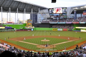 By Roberto Coquis - Flickr: Marlins First Pitch at Marlins Park, March 4, 2012, CC BY 2.0, https://commons.wikimedia.org/w/index.php?curid=50875057