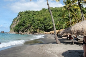 """© <a href=""""https://commons.wikimedia.org/wiki/File:Anse_Chastanet,_St._Lucia.jpg"""" target=""""_blank"""" rel=""""nofollow"""">XeresNelro/Wikimedia</a>/<a href=""""https://creativecommons.org/licenses/by-sa/4.0/deed.en"""" target=""""_blank"""" rel=""""nofollow"""">CC BY-SA 4.0</a>"""