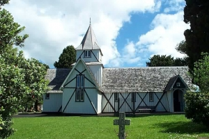 //commons.wikimedia.org/wiki/File:All_Saints_Church_Howick.jpg ||| Copyrighted free use