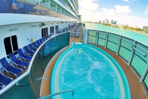 Photo by www.iglucruise.com